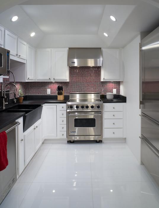 Hollywood Condo Kitchen