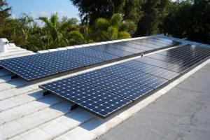 The 22 installed panels fully mounted on the roof of the Cooper home